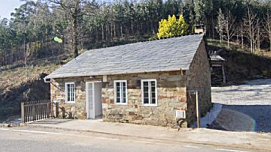 49.000 € Venta de casa en As Pontes de García Rodríguez 500 m2, 2 habitaciones, 1 baño, 98 €/m2...
