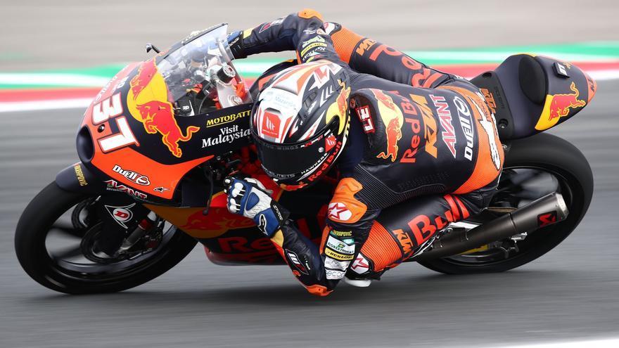 Pedro Acosta, octavo en los primeros entrenamientos de Moto3 en Assen
