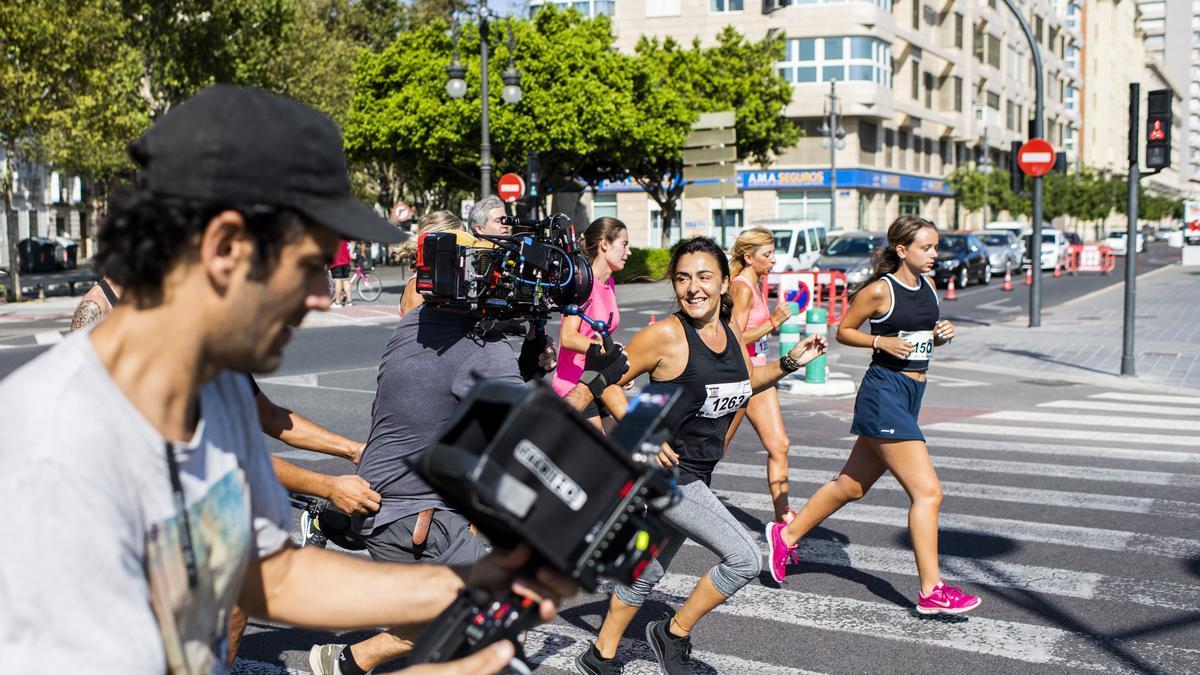 Candela Peña durante el rodaje de 'La boda de Rosa'.
