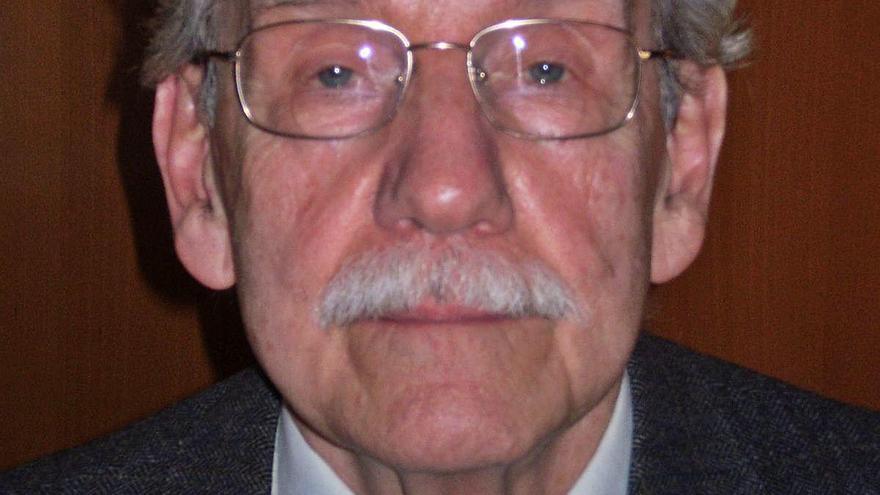 Un professor reconegut i un home d'universitat
