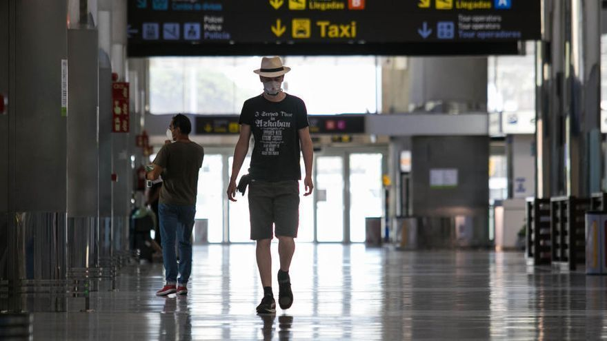 Martín segura que Tenerife ha recuperado el 60% de las plazas aéreas de 2019