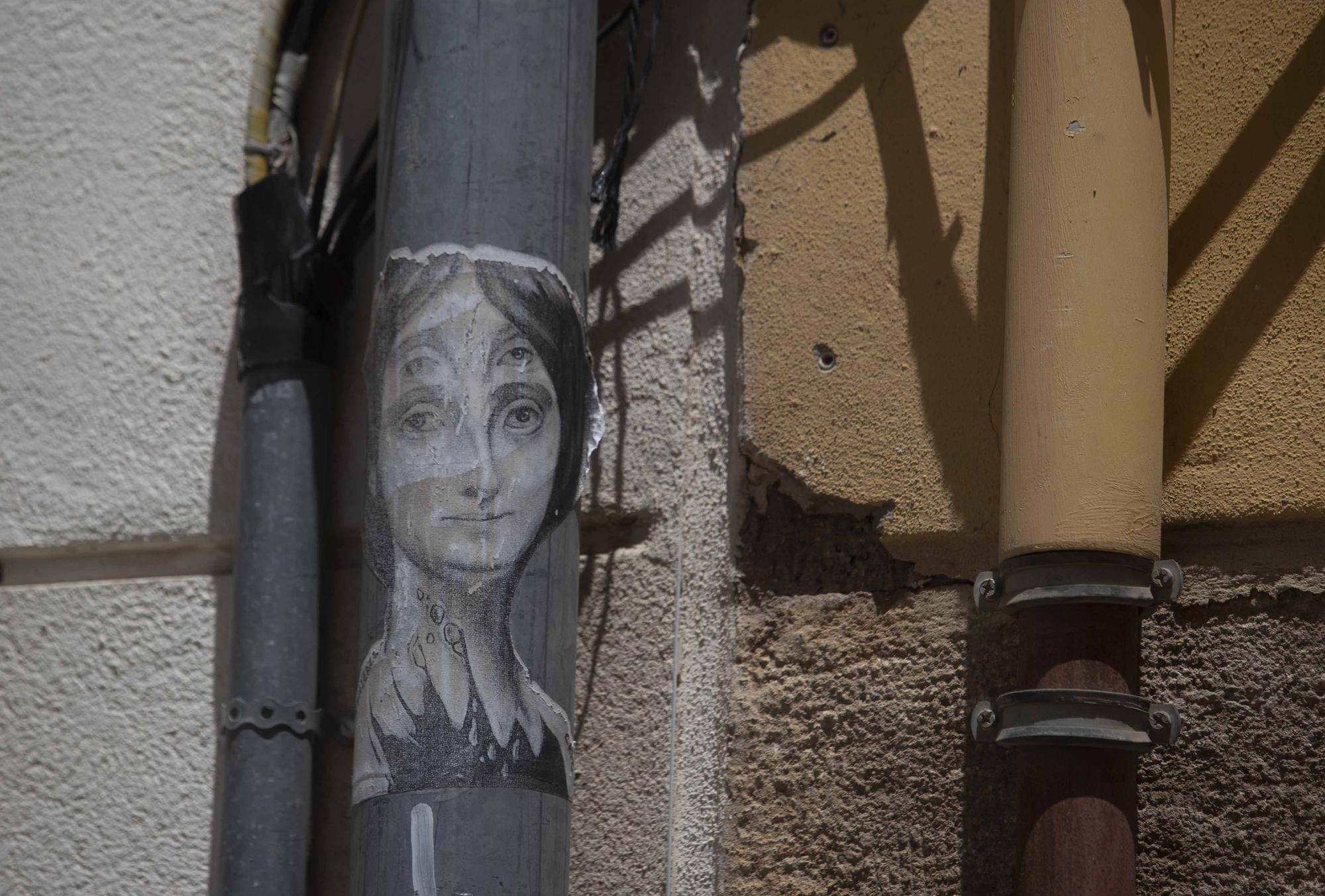Las calles del barrio del Carmen son un museo repleto de arte.