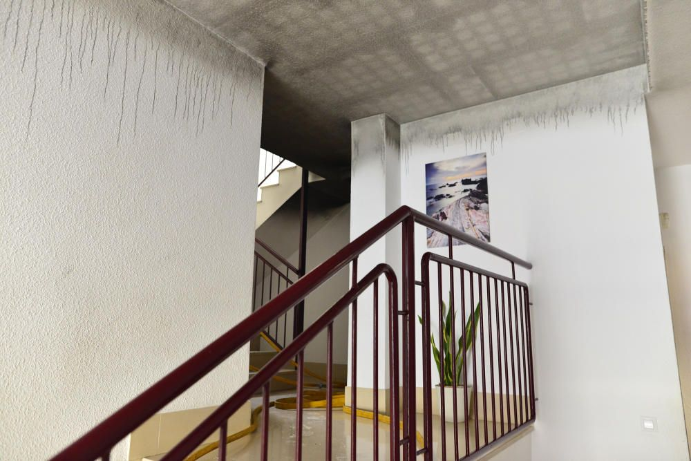 Incendio en la urbanización Meiterráneo de Cartagena