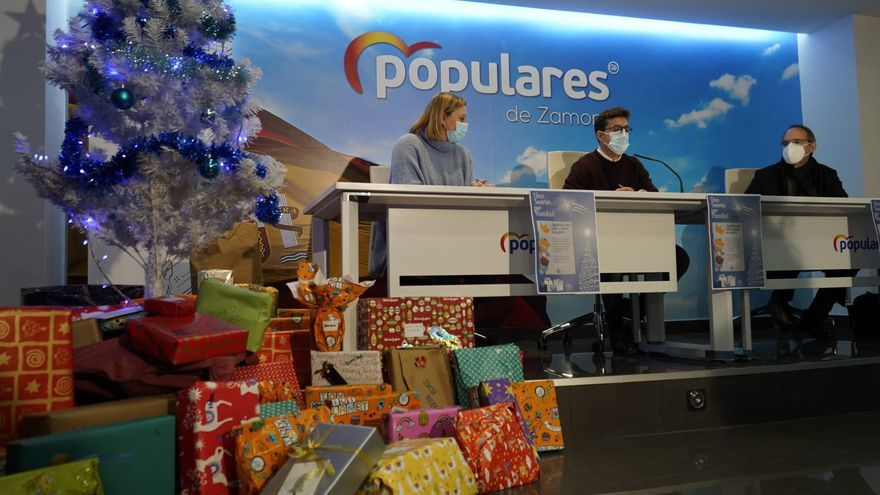 Nuevas Generaciones y Cáritas llevan la magia de los Reyes a los niños de Zamora