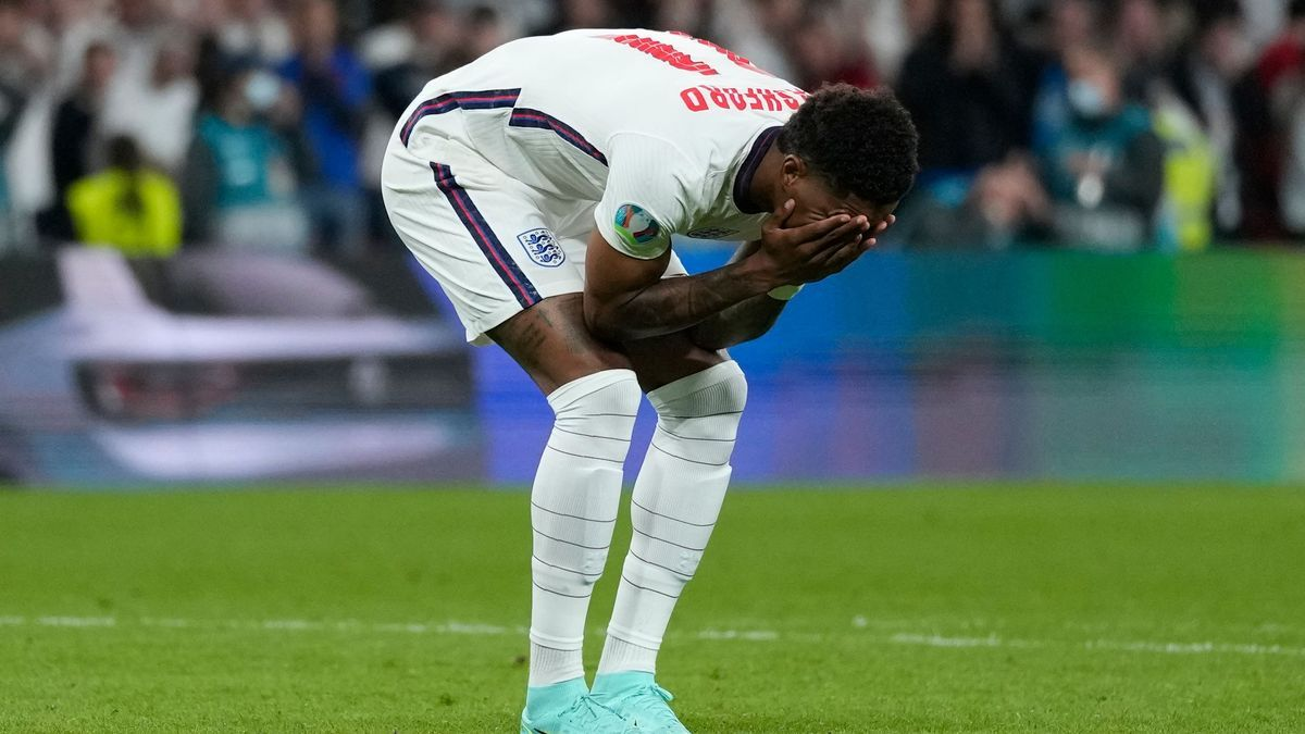 Inglaterra se queda a las puertas de la gloria en su estadio.