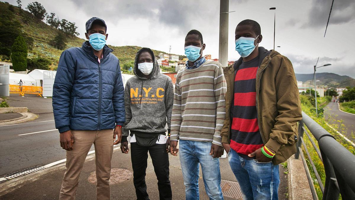 Los migrantes qie residen en Tenerife tras llegar en patera desde Mauritania.