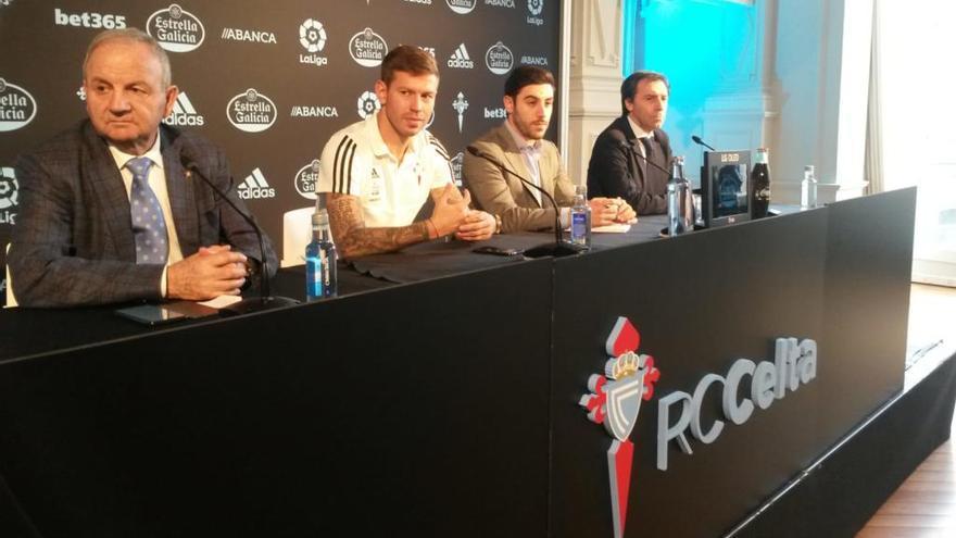 """Smolov: """"Recuerdo ver al Celta desde pequeñito por Karpin y Mostovoi"""""""