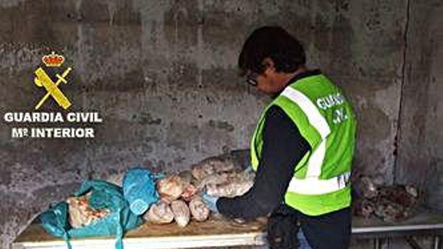 El dueño de un local clandestino de carne en Vigo se enfrenta a 9 años de cárcel