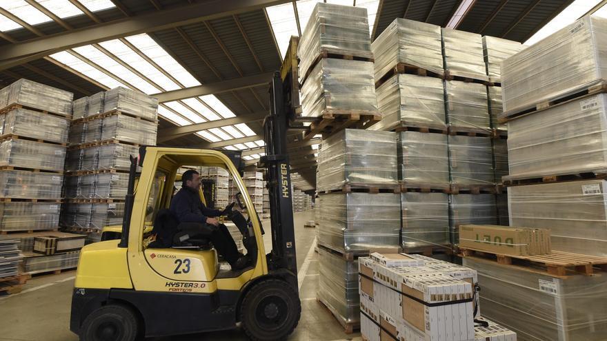 El azulejo bate el récord de la década en exportaciones a puertas de Cersaie
