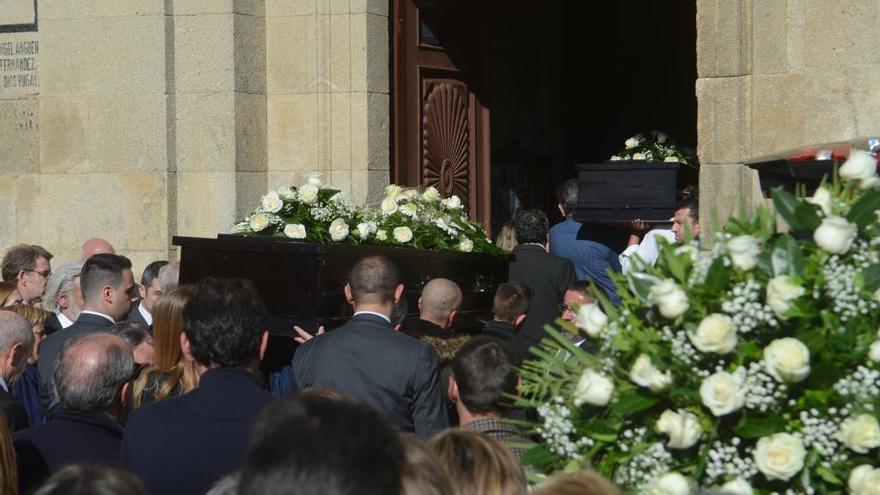 Multitudinario adiós a la pareja gallega asesinada en Sri Lanka