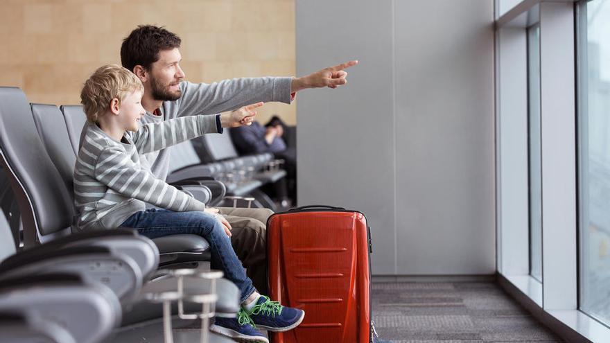 Consejos prácticos para viajar con niños en verano