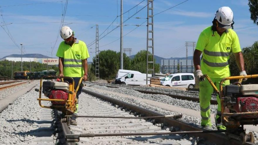 Renfe habilita un transport per carretera entre Martorell i Sant Sadurní d'Anoia