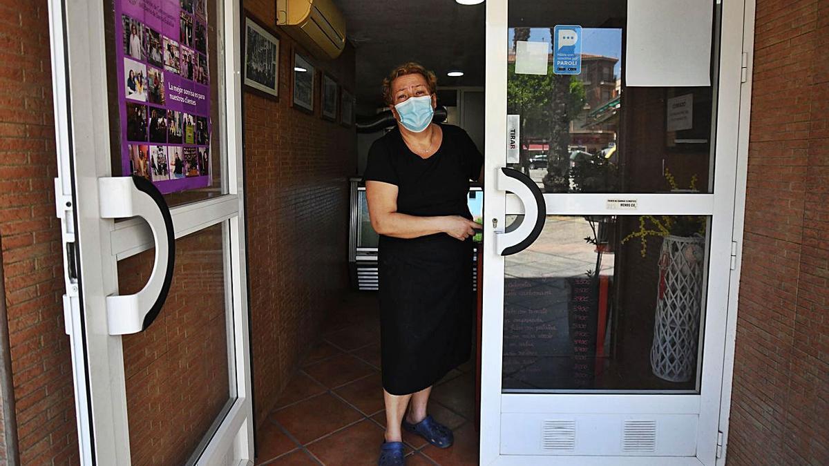Antonia Martínez, de Buen Provecho, ha sufrido tres asaltos en menos de año y medio | ISRAEL SÁNCHEZ