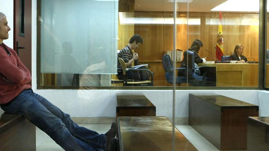 Prisiones saca a los presos etarras, incluido 'Txapote', de los módulos de aislamiento