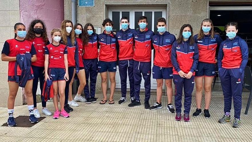 El equipo femenino del CN Galaico, tercero en el Campeonato Gallego Infantil