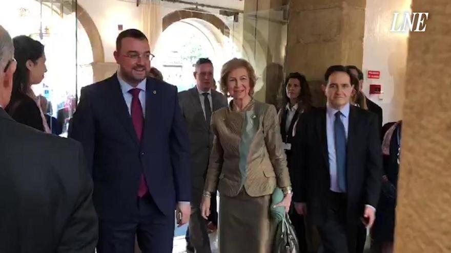 Premios Princesa de Asturias 2019 | La Reina Sofía a su llegada al Hotel de la Reconquista