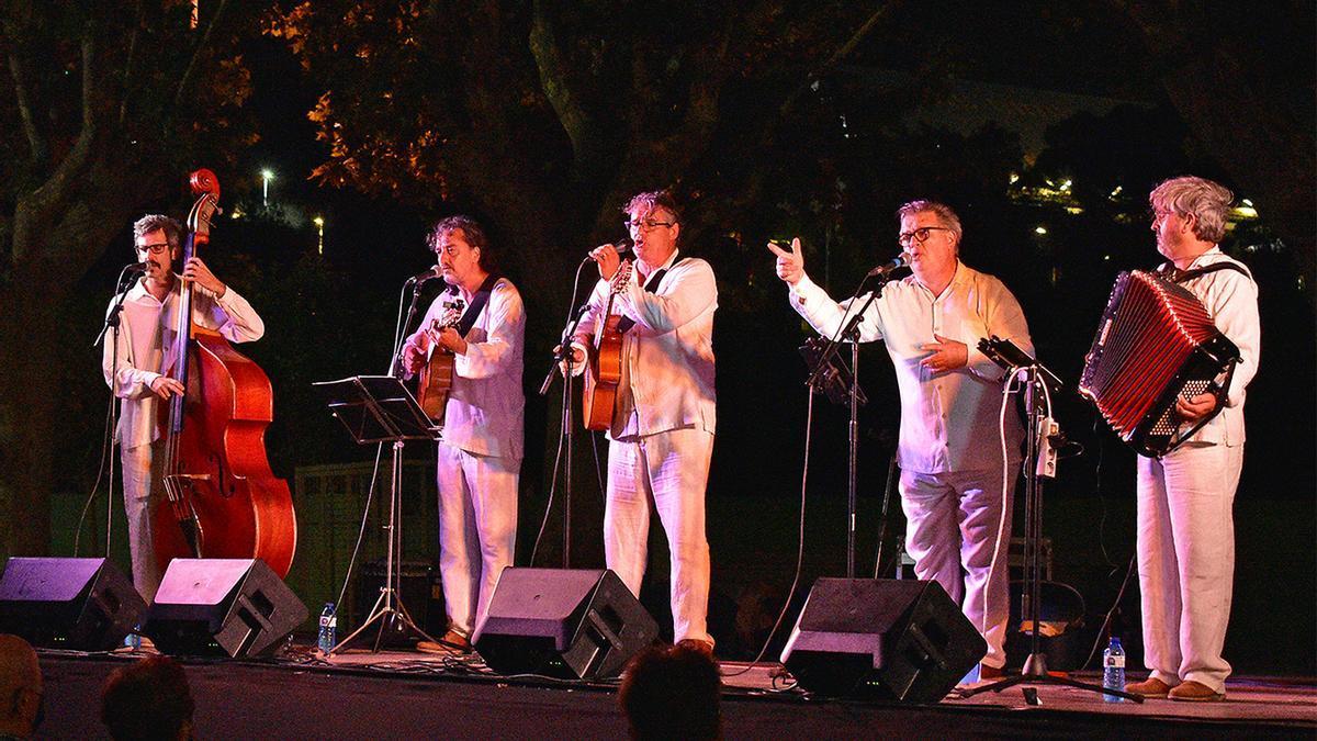 Cantada d'havaneres de la Festa Major, a càrrec del grup Son de L'Havana