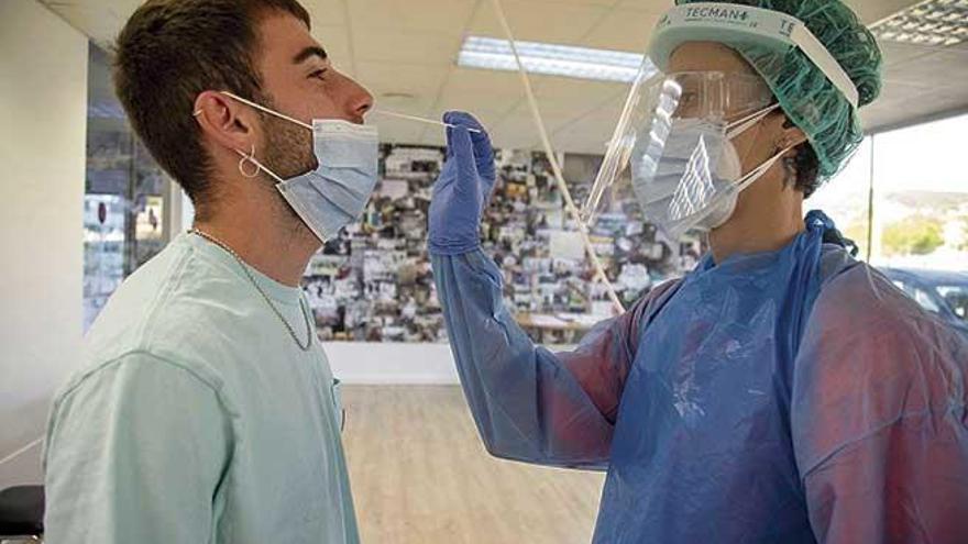 'Rastreando' el virus en Son Dureta