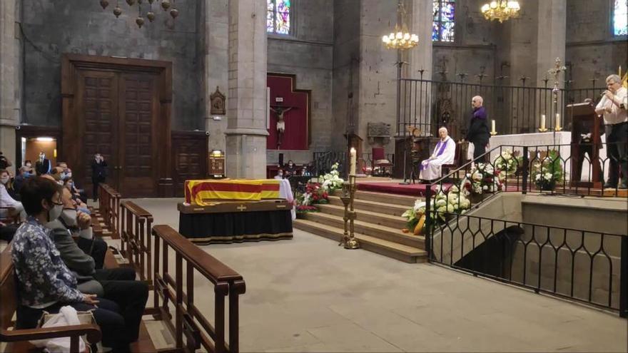 El funeral de Sanclimens homenatja el seu manresanisme i catalanisme incondicional