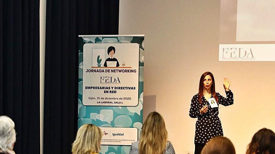 """La psicóloga Jessica Buelga: """"Una imagen profesional seria se crea con coherencia"""""""