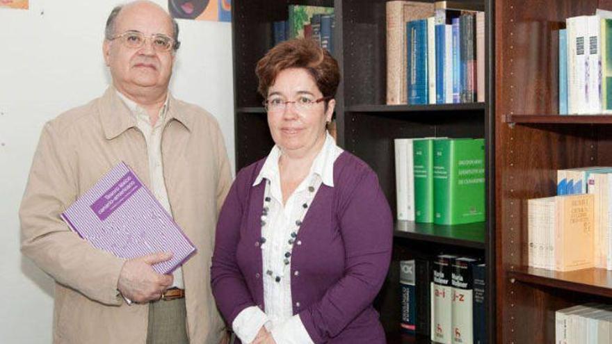 Corbella y Corrales analizan 'La canariedad encubierta de Galdós'