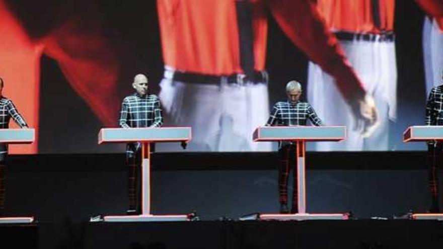 Kraftwerk ilumina el vigésimo aniversario del Sónar
