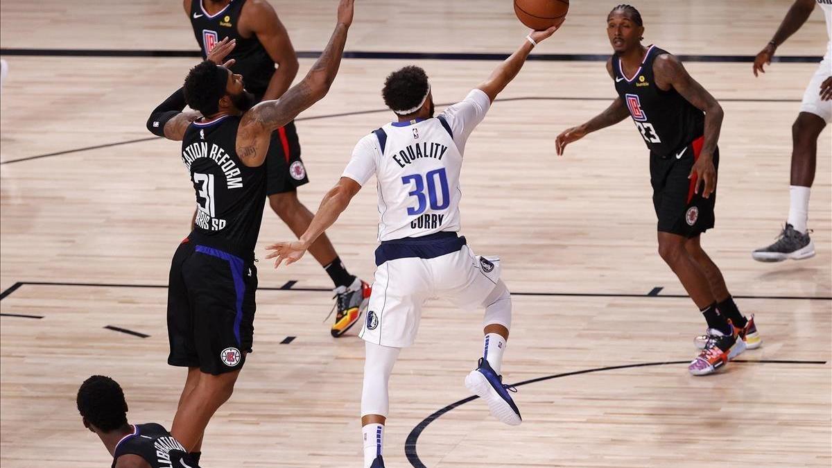 Los Mavericks dan la sorpresa y empatan con los Clippers
