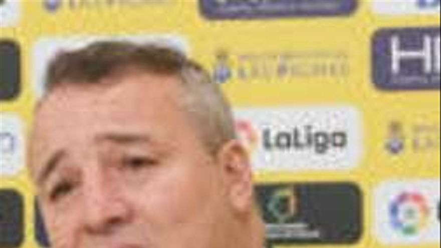 Ramírez, presidente de Las Palmas, refuerza a Pepe Mel