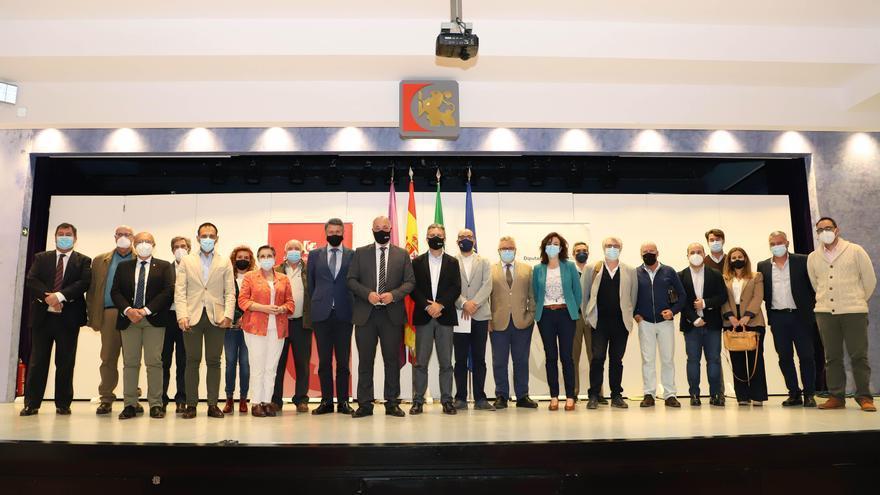 La Diputación conoce los proyectos presentados por 8 nuevas comunidades de regantes