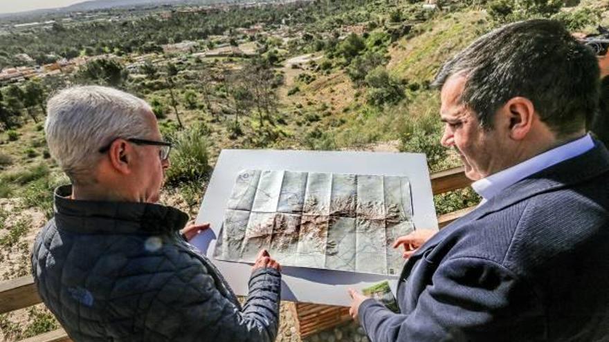 El Grupo Oriolano de Montañismo cartografía la Sierra de Orihuela