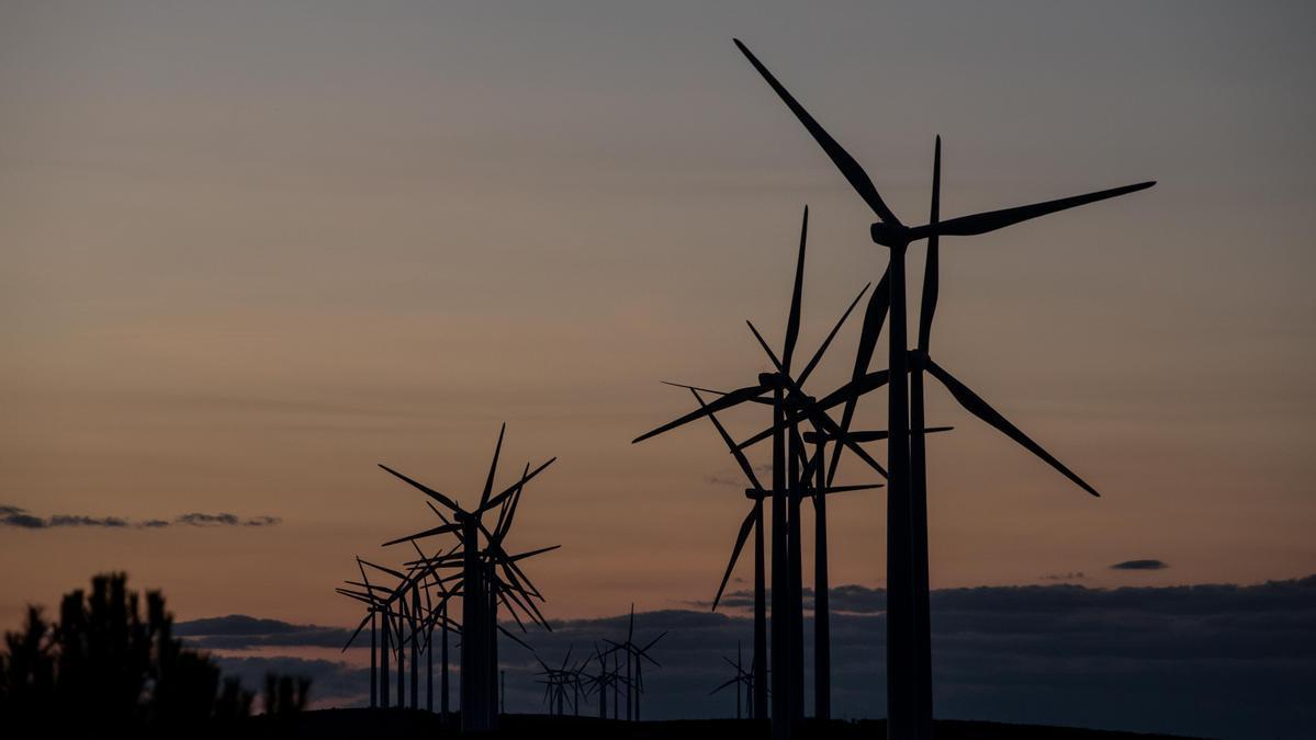 Parque eólico en El Sierro en Zamora