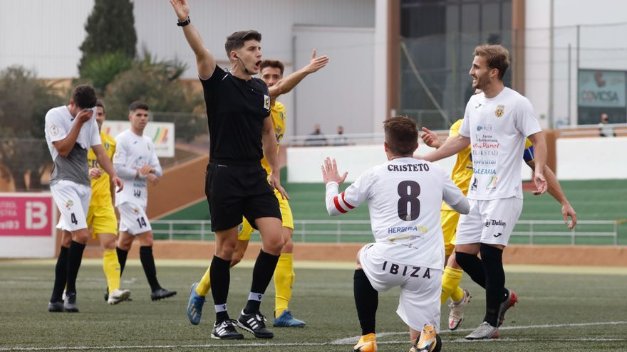 Suspendido el Espanyol B - Peña por un positivo por covid en el equipo ibicenco