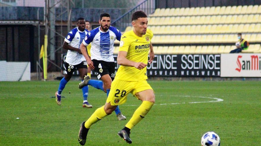 """Arana se confiesa: """"Me costó encontrar el rol en el Villarreal B esta temporada"""""""