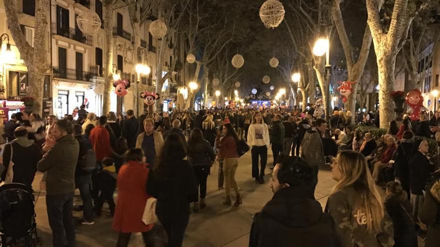 Encendido navideño: las hadas traen la luz a la ciudad