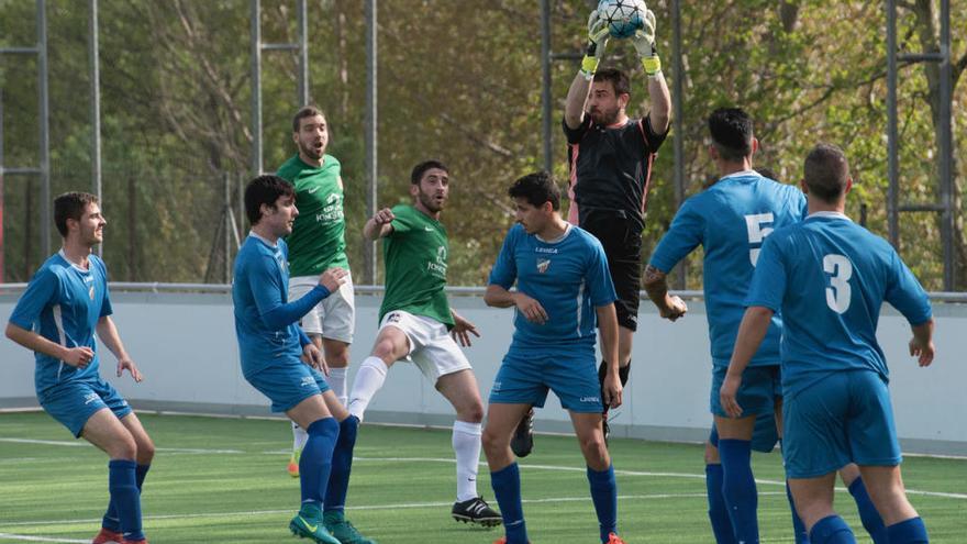 La Jonquera es resisteix a segellar la salvació a Sabadell