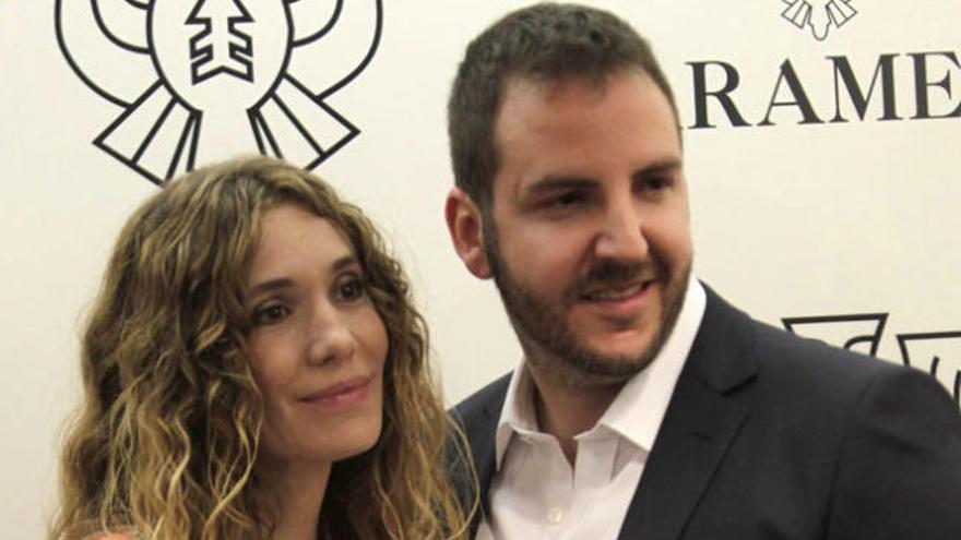 Borja Thyssen y Blanca Cuesta dan la bienvenida a Enzo