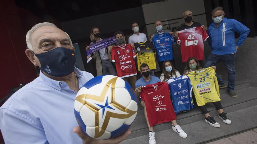"""""""En Asturias hay buenos jugadores, pero nos falta apoyo"""": los clubs analizan el futuro del balonmano en Asturias"""