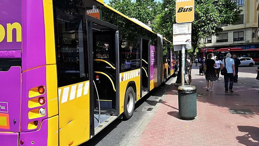 Entidades de l'Horta critican que València imponga transbordos del bus a la EMT