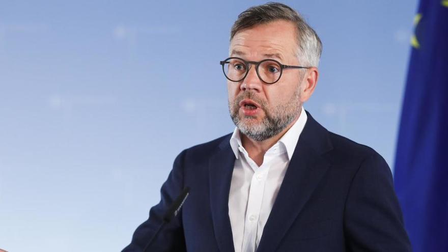 """La Unión Europea """"intensificará"""" los preparativos para un Brexit sin acuerdo"""