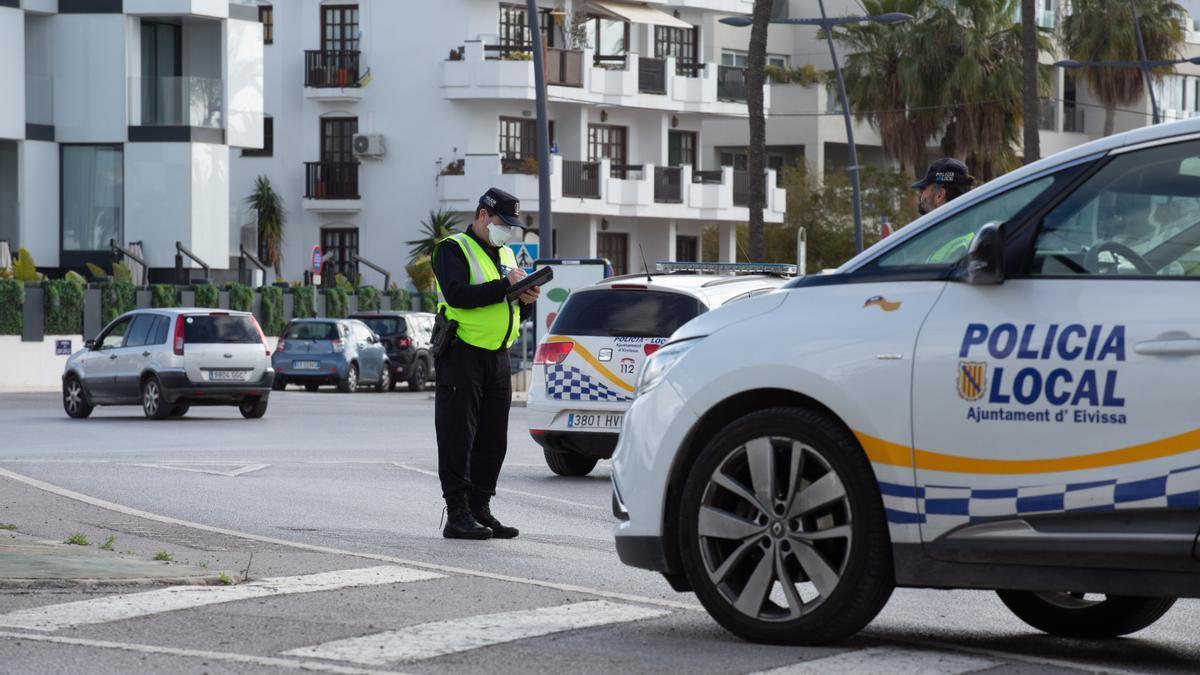 Policía Local de Ibiza, en una imagen de archivo.