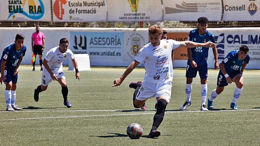 La Peña, sin nada en juego, cede una derrota frente al Espanyol B