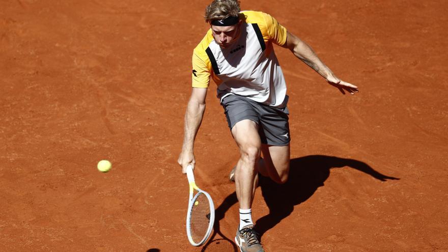 Djokovic no da opción a Davidovich en Roma