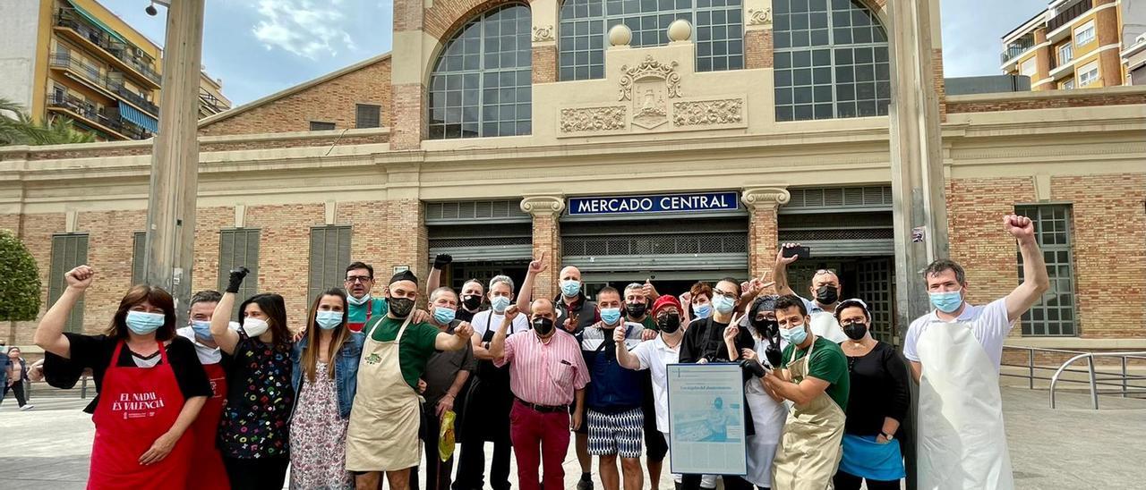 """Comerciantes celebran el """"Importante"""" para el comercio esencial en la persona de Vanessa Cárdenas"""