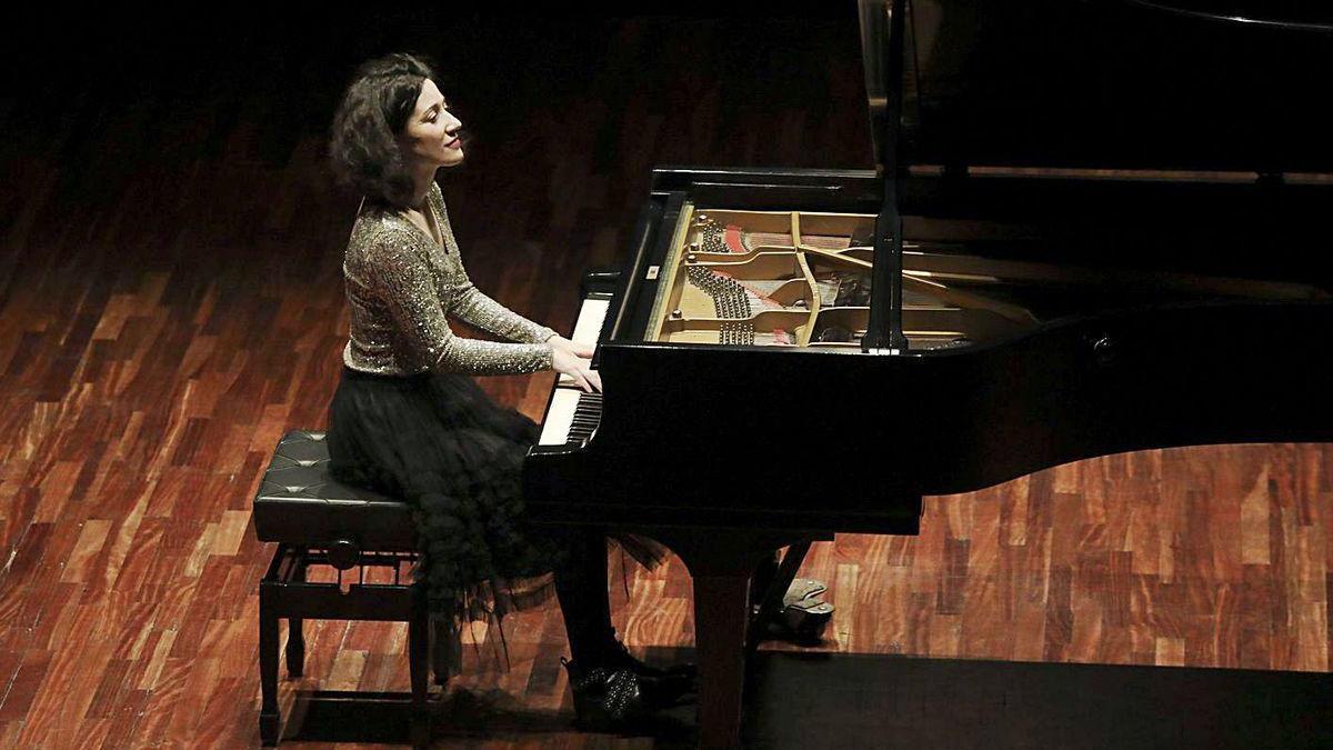 Noelia Rodiles, en el auditorio de la Casa de Cultura de Avilés, en uno de sus últimos conciertos antes del confinamiento.