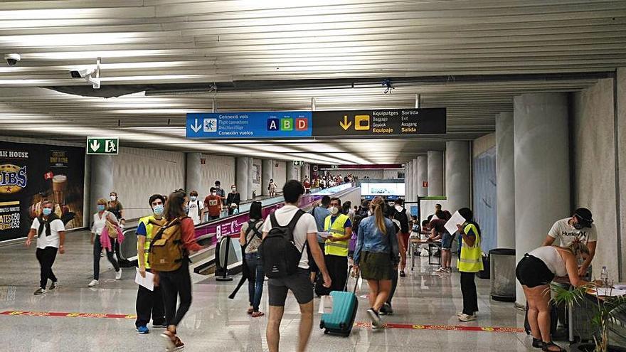Los británicos que lleguen sin PCR al aeropuerto de Palma podrán ser repatriados