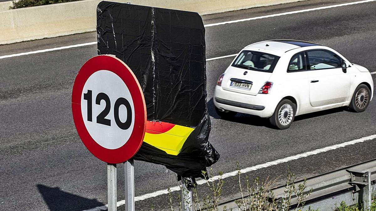 Los transportistas piden suspender el límite de 80 km en la Vía de Cintura
