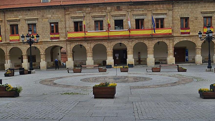 La Plaza Mayor de Benavente acoge el día 28 un espectáculo de circo para todos los públicos
