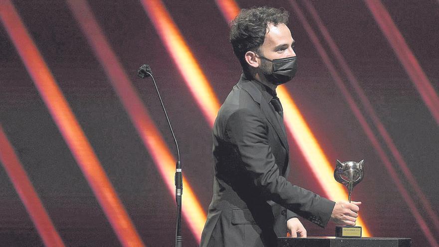 'Las niñas' no arruina la noche de Luis López Carrasco