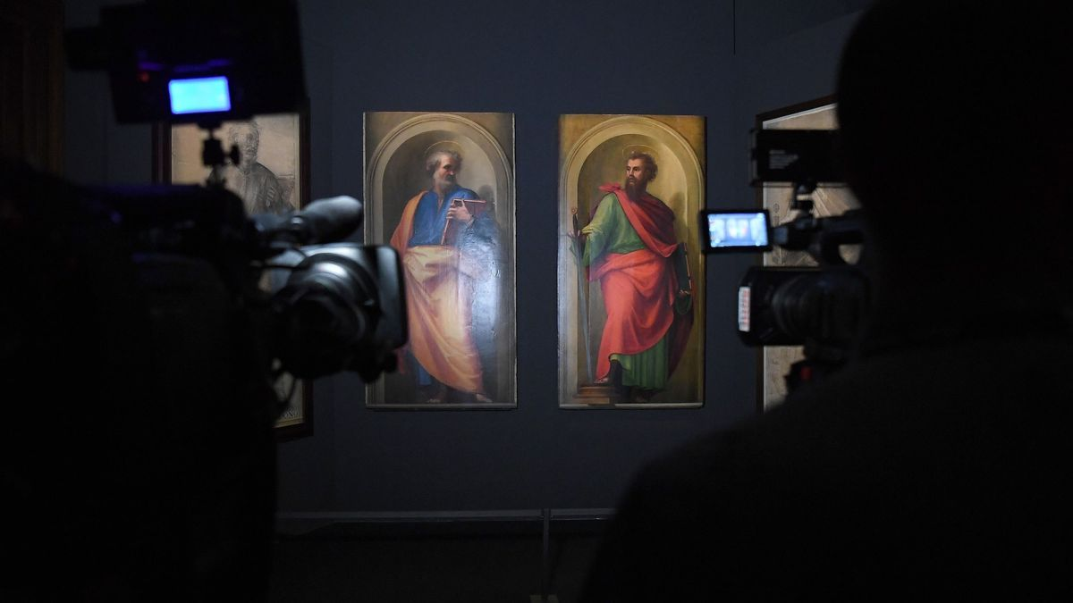 Nueva exposición con imágenes de San Pedro y San Pablo en los Museos Vaticanos.