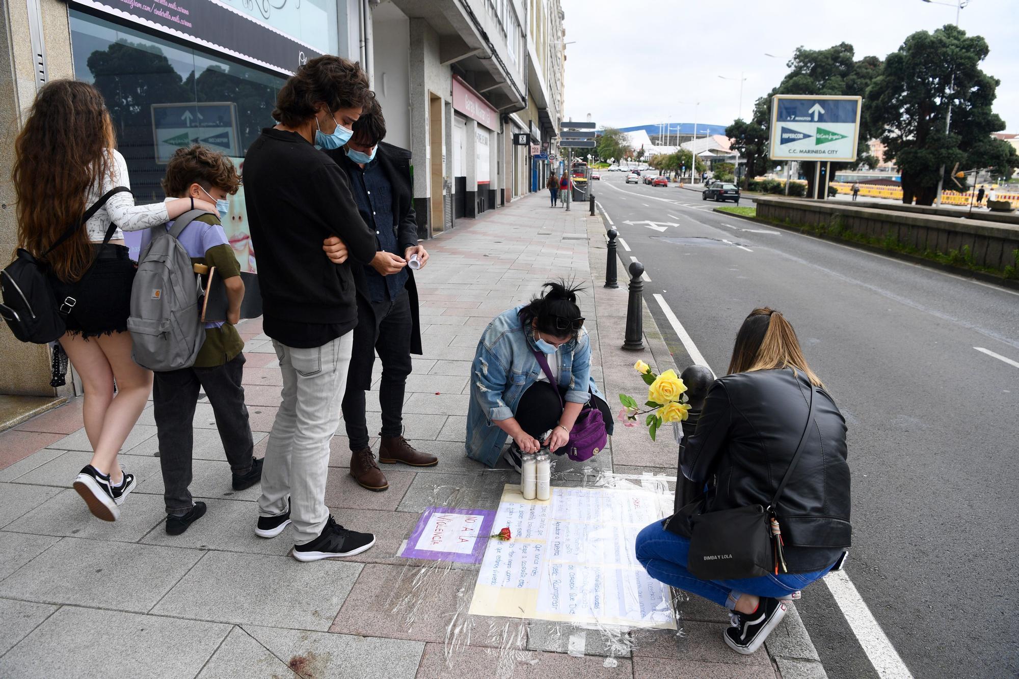 Homenaje en A Coruña a Samuel Luiz en el lugar donde recibió una paliza mortal